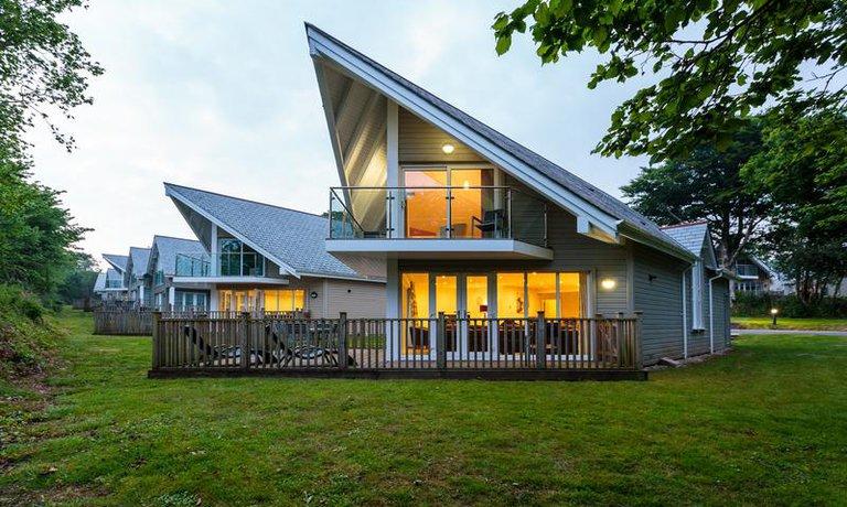 Trewhiddle villa